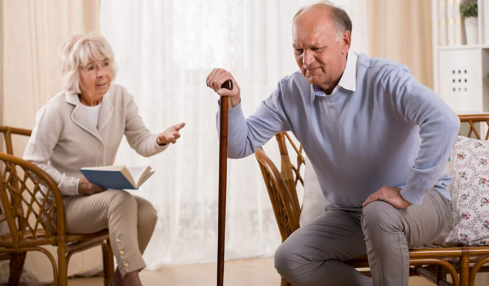 http://commhealthcare.com/wp-content/uploads/bigstock-Senior-Man-With-Knee-Arthritis-90482156.jpg