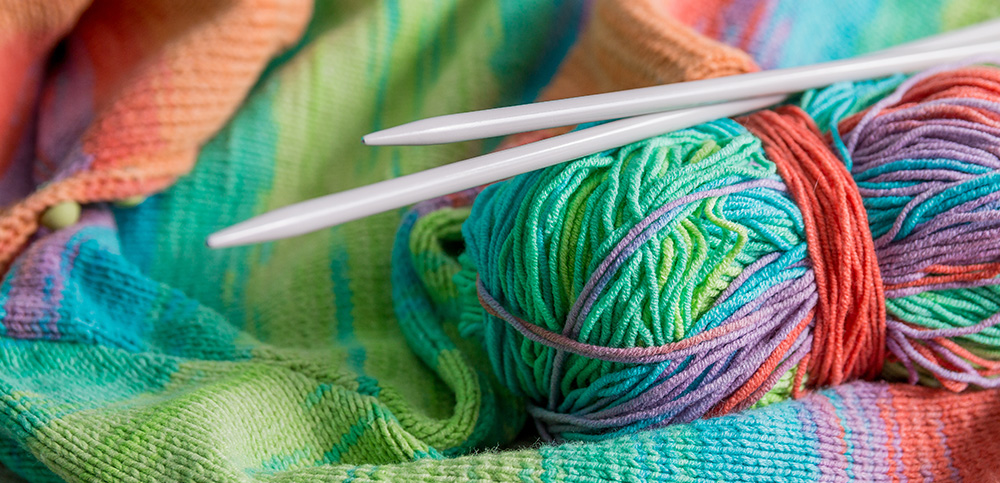 knitting can help improve happiness and health